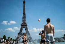 Europe heatwave: Paris records its hottest temperature in history