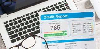 Chicago Illinois residents can get their updated 2019 Credit Score and Credit Report