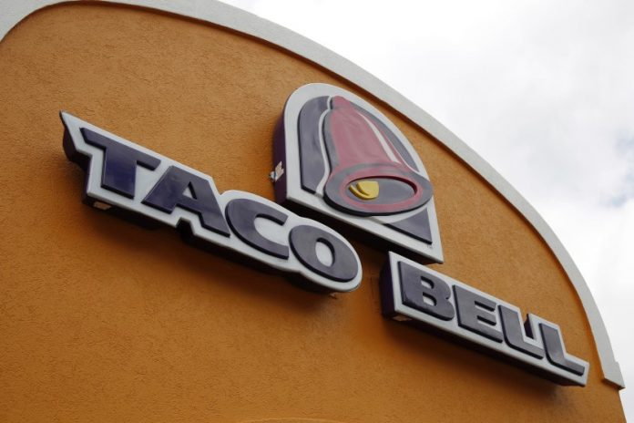 Taco Bell offers 100.000$ salaries and paid sick time